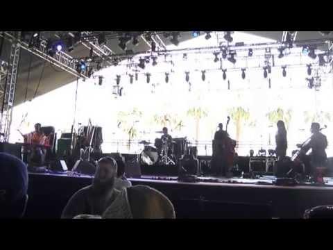 "Laura Mvula - ""Like The Morning Dew"" @ Coachella 2014"