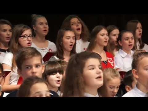 Wspólne śpiewanie polskich pieśni patriotycznych OCK Oświęcim 2018
