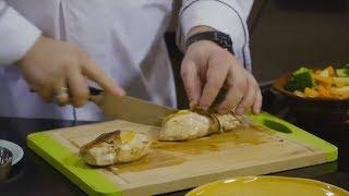 Рецепт куриного филе с начинкой из творога и зелени