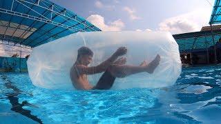 NTN - 4K Thử Bơi Trong Túi Ni Lông (Swimming with a giant plastic bag)