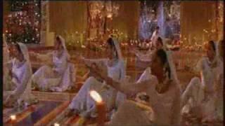 Aaja Nachle - Show Me Your Jalwa with Lyrics - YouTube