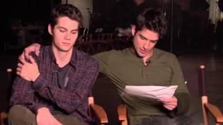 Le cast répond aux mails des fans (saison 3)