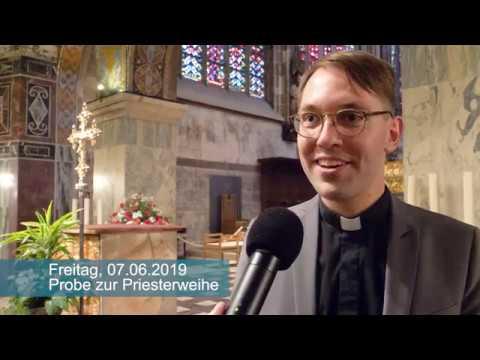 Diakon Philipp Schmitz - Probe für die Priesterweihe