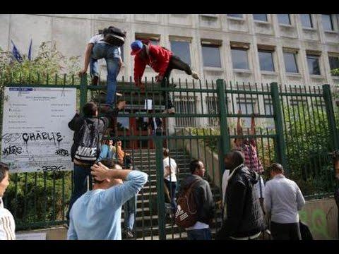 """Paris : 200 clandestins occupent un lycée. (MàJ :  une fête est organisée pour """"apaiser les tensions avec les riverains"""" )"""