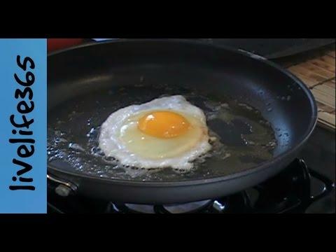 Πως να φτιάξετε τέλεια τηγανητά αυγά