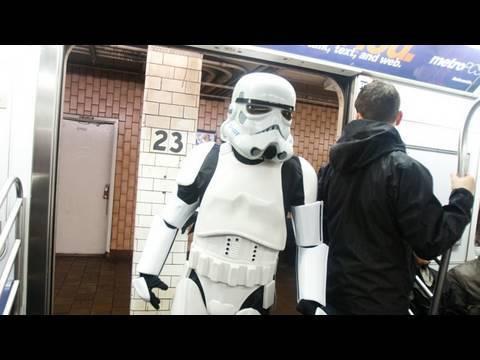 """Et si """"Star Wars"""" débutait... dans le métro ?"""
