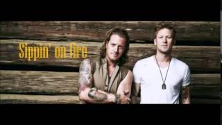 Florida Georgia Line - Sippin' on Fire (lyrics)