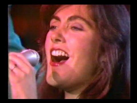 "Laura Branigan - ""Gloria"" [cc] interview ""Living A Lie"" LIVE 1st AB 10/30/82"