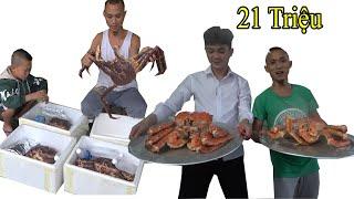 Bữa Ăn 21 Triệu Đêm 30 Tết Anh Em Tam Mao Chơi Lớn Ăn Tết Bằng 4 Con Cua Hoàng Đế Siêu Khủng