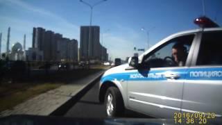 Вот так ездит дорожная полиция в Казахстане.