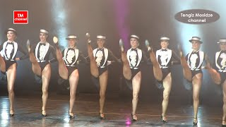 Slim legs of the Moscow Music Hall. Variety. Cтройные ножки Московского Мюзик-холла.