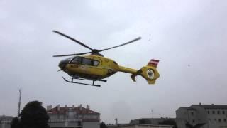 preview picture of video 'Landung Christophorus 2 in der Hesserkaserne St. Pölten 25.08.2013'
