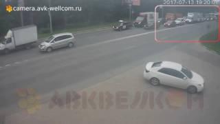 Лёгкая авария, г. Котельники, ул. Новая д. 13, 13.07.2017