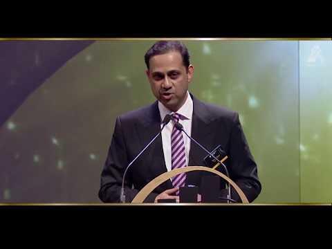 mp4 Entrepreneur Year Award, download Entrepreneur Year Award video klip Entrepreneur Year Award