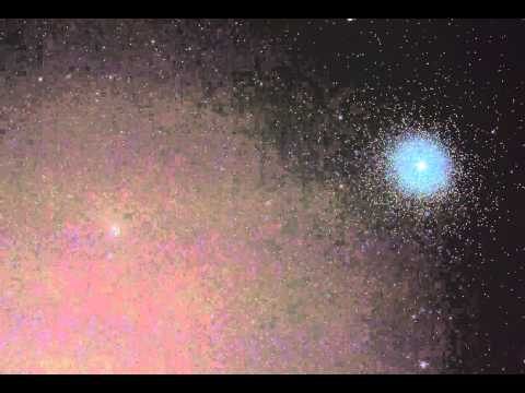 Animated Comet C/2013 A1 Siding Spring and 47 Tucanae видео