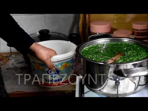 Μαύρα λάχανα με τα φασούλια μαγειρεύει η Ναζιρέ Αϊβάζ (βίντεο)