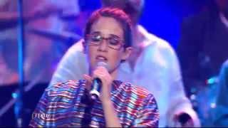 'Los caminos de la vida' interpretada por Ximena Sariñana, Celso Piña y Poncho Figueroa