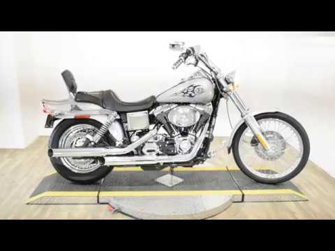 2004 Harley-Davidson FXDWG/FXDWGI Dyna Wide Glide® in Wauconda, Illinois - Video 1