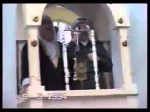 فيديو نادر / القائد أبو عمار يخطب في المصلين بمسجد بغزة