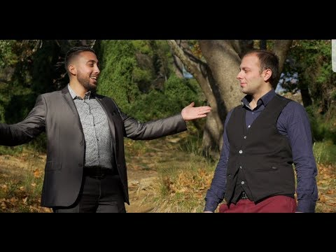 Τα αδέλφια Αλέξανδρος και Άκης Κοπαλάς τραγουδούν για τα «Αδέλφια»