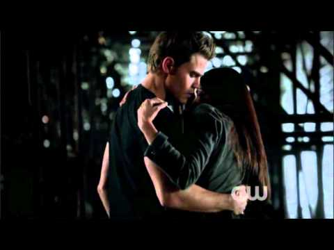 The Vampire Diaries - Season 3 - Episode 6 - Stefan Catches Elena