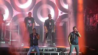 "98 Degrees ""Microphone"" July-29-2016 Meadow Brook Amphitheatre Detroit, Michigan"