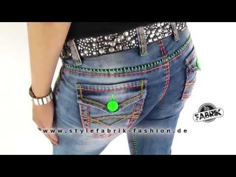 Cipo & Baxx Damen Jeans Slim Fit Used Look Neon Style mit grüner und roter Naht blau