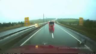 Самые жестокие Аварии Грузовиков Дтп фуры без тормозов Столкновение 2017