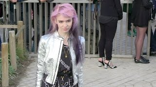 Grimes, Anna Dello Russo, Emmanuelle Alt And More Attending The Louis Vuitton Fashion Show In Paris