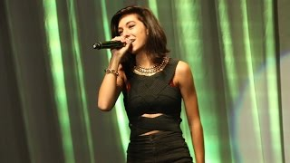 Christina Grimmie - Tell My Mama - Live in Manila 2014 (Alabang Town Center)