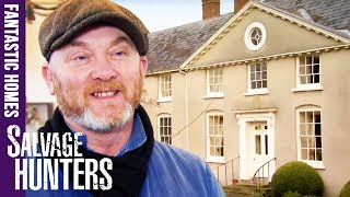 Inside The Amazing Homes Of Antiques Dealers | Salvage Hunters