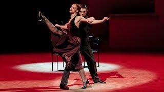 Балет Игоря Моисеева выступил в Мариинском театре.
