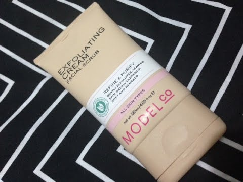 Two Minute Tuesdays | Model Co Facial Scrub REVIEW