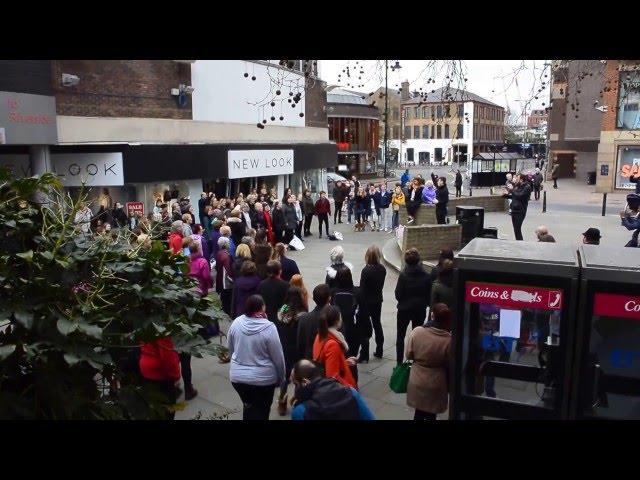Guildford-godalming-rock-choir-flashmob