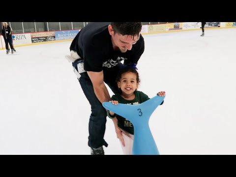 BABY'S FIRST TIME ICE SKATING!