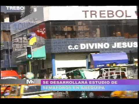 TVMUNDO Arequipa: Semáforos y policías