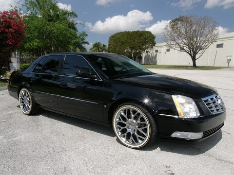 For Sale 2008 Cadillac DTS Sedan 20 Inch Chrome Wheels with Vogue tires