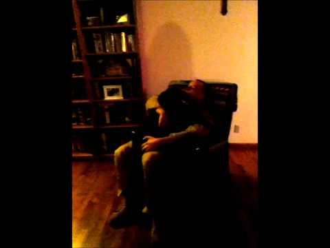 Cảm động chú chó khóc nức nở khi được gặp lại chủ sau 6 tháng xa cách