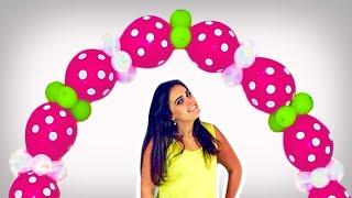 """Neste vídeo você aprende passo a passo como fazer um arco de balões (bexigas) sem estrutura e gastando menos. Foram usados somente 82 balões!!!! Além disso você aprende uma técnica super legal para """"criar"""" um balão de 2 bicos. A técnica do feijão!!!! www.facebook.com/amofestas www.amofestas.com"""
