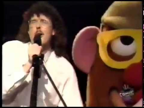 "Weird Al - Addicted to Spuds (parody of ""Addicted to Love"") - Live 1986"