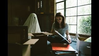 Trailer of A Ghost Story (2017)