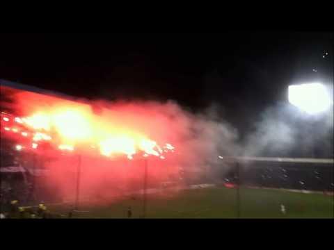 """""""Espectacular Recibimiento Emelec vs U de Chile"""" Barra: Boca del Pozo • Club: Emelec"""