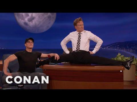 Jean-Claude Van Damme Helps Conan Limber Up  - CONAN on TBS (видео)