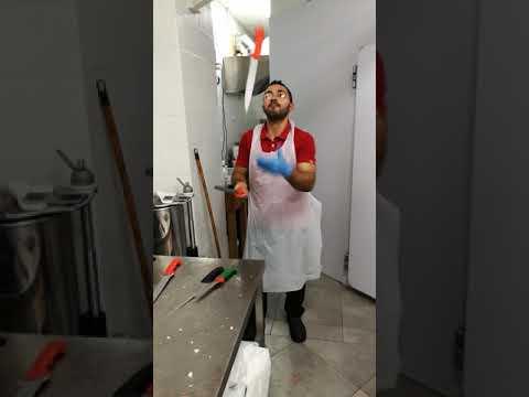 Show di coltelli macellaio impazzito!