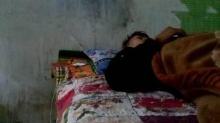 Ca Si Quang Dao Nam Ngu Nghe Chuyen Ma cho di An Com Trua(2)