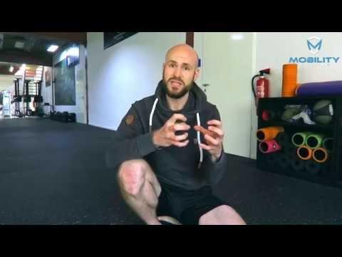 Wie die Schwiele auf dem Kern des Daumens des Beines auszunehmen