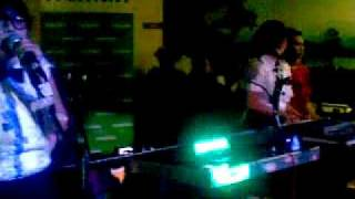 Homogenic - Must Be Dreaming (Frou Frou Cover) at Walini Tea Gallery