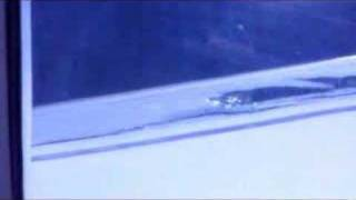United Airlines Flight 106 Right Wing Problem.