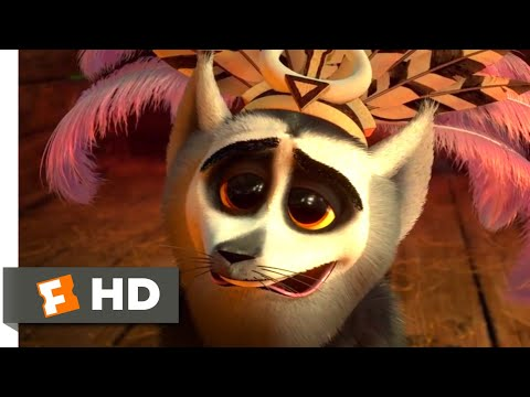 Madagascar 3 (2012) - King Julien Falls in Love Scene (4/10) | Movieclips