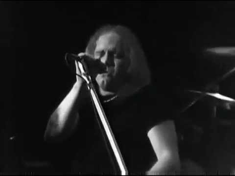 Lynyrd Skynyrd - I Ain't The One - 4/27/1975 - Winterland (Official)